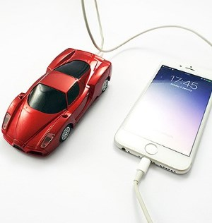 classic-car-shape-logo-power-banks-rgp30-phone.jpg