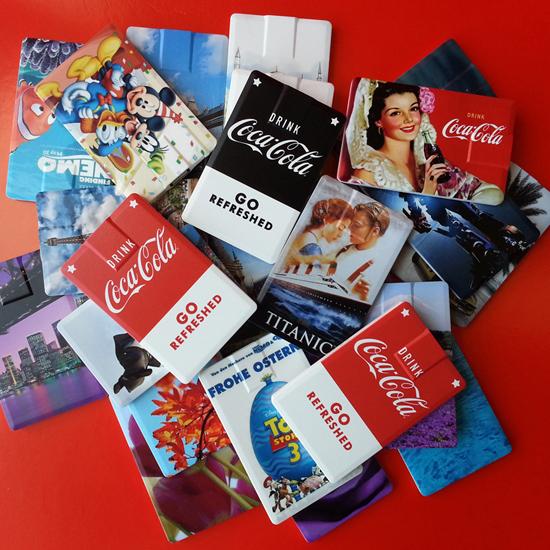 זיכרון נייד בצורת כרטיס אשראי מודפסים.jpg